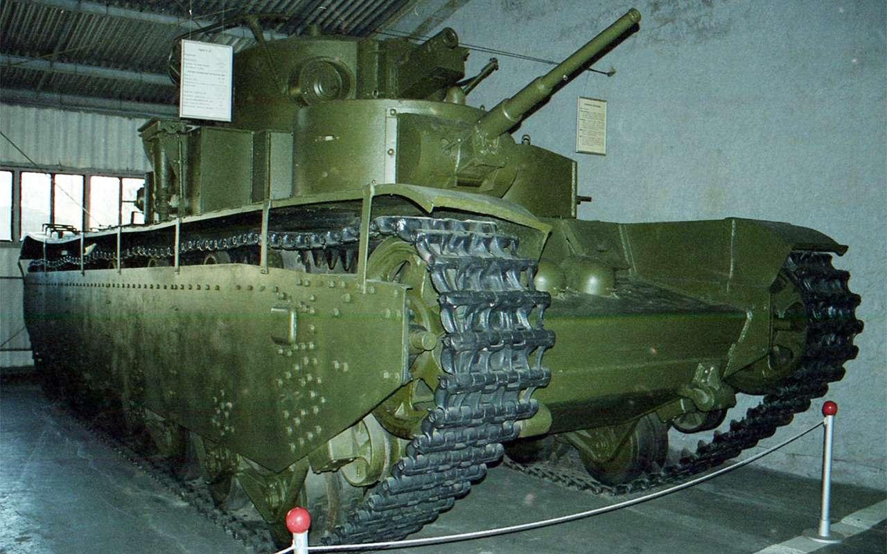 Неизвестный гигант Красной Армии: пятибашенный танк Т-35— фото 974069