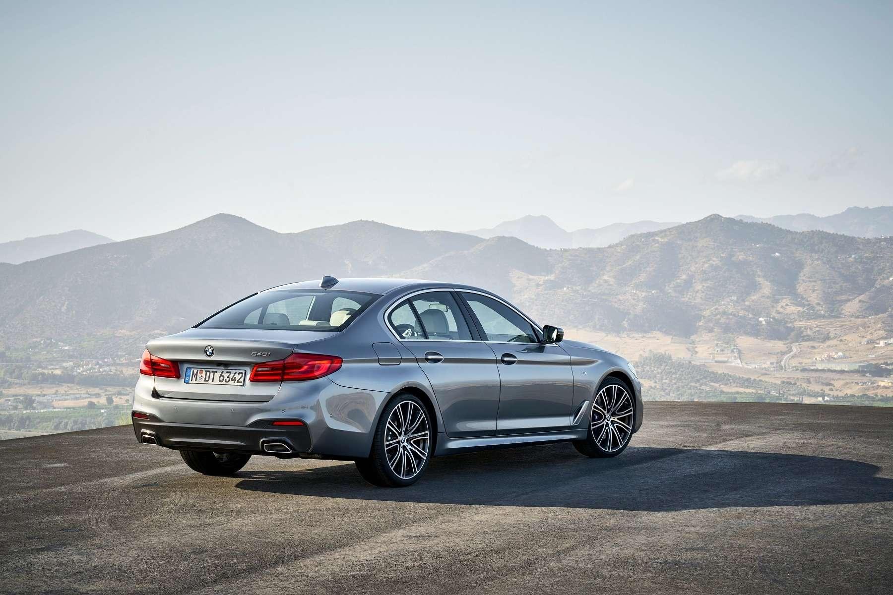 Головоломка по-баварски: BMW представила новый седан 5-й серии— фото 648260