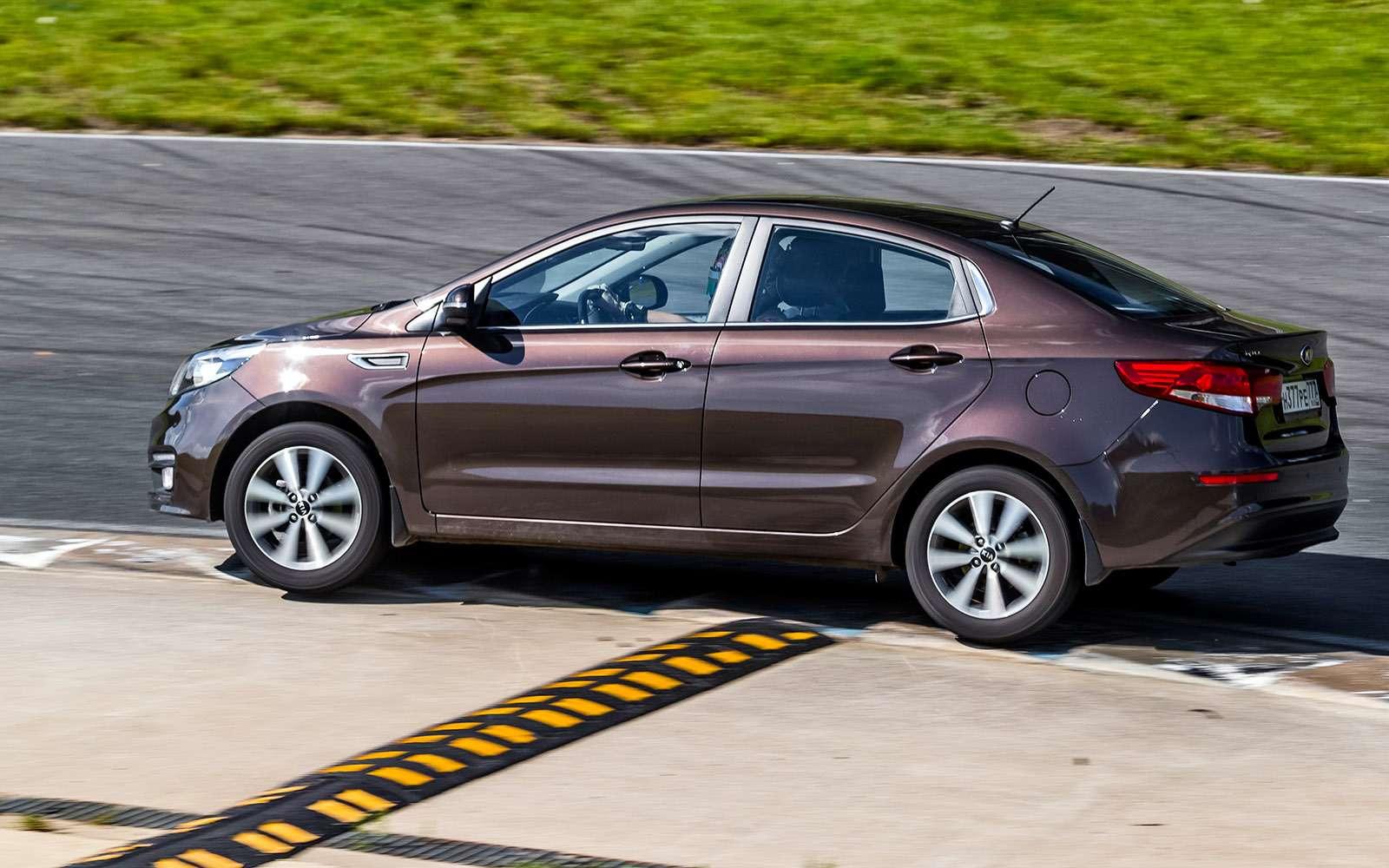 VWPolo GTпротив конкурентов: тест на«Смоленском кольце»— фото 644221