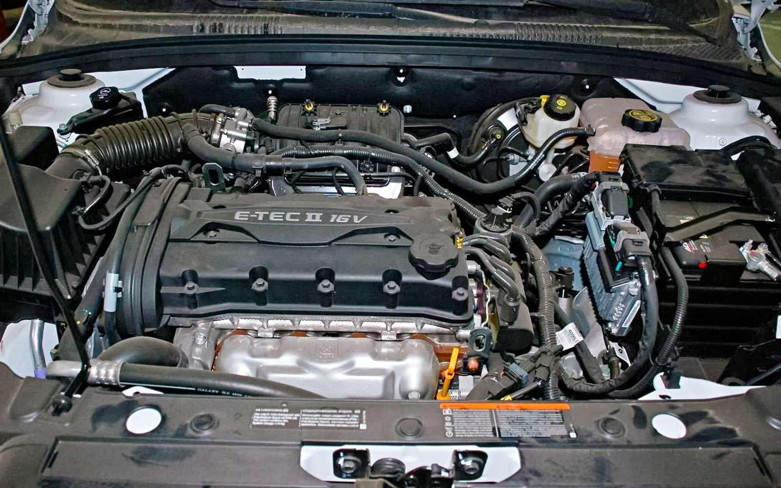 Chevrolet Cruze спробегом: плюсы иминусы— фото 651620