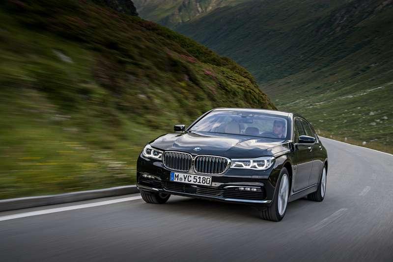 BMWвыводит нароссийский рынок две гибридные модели
