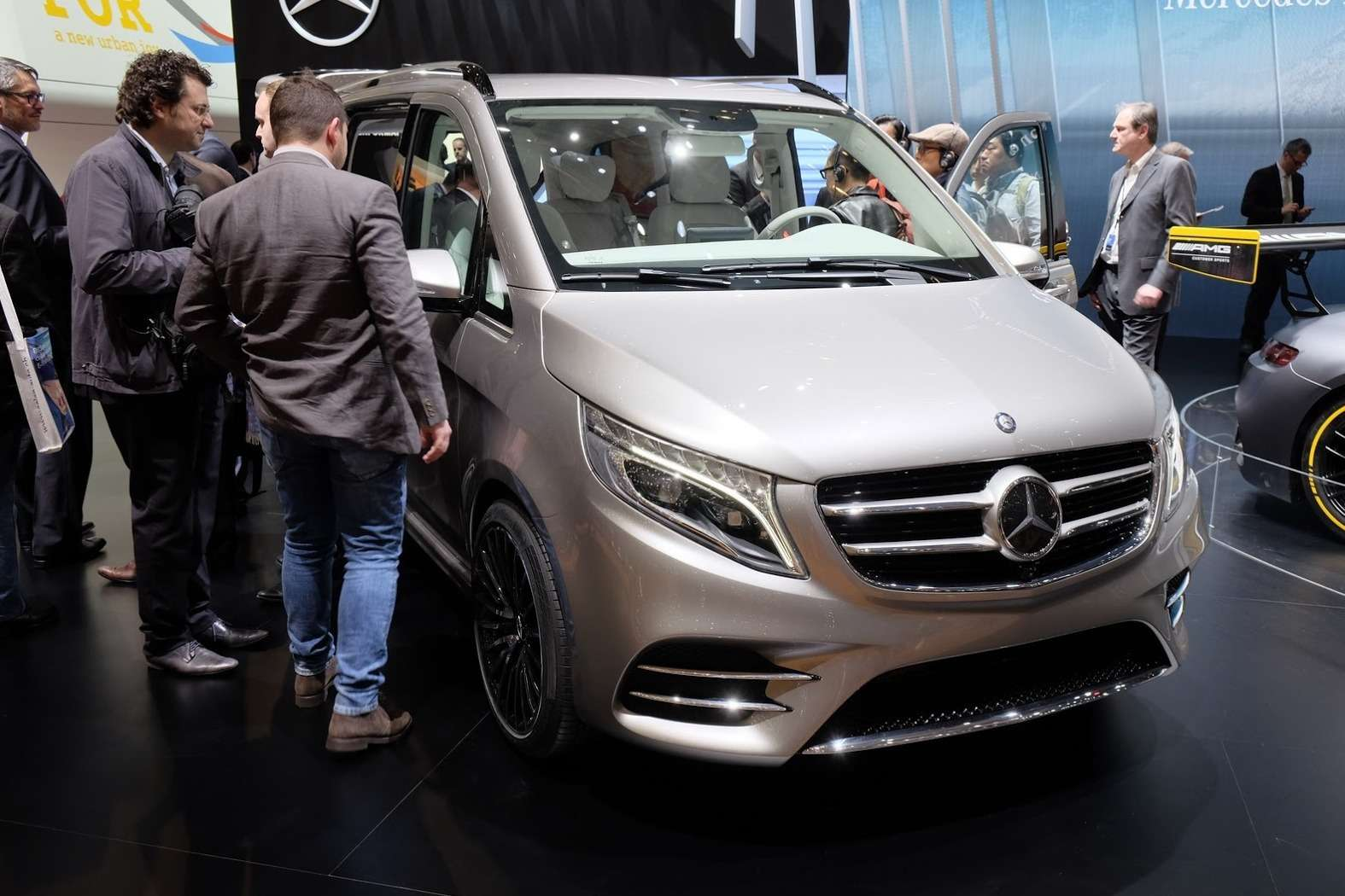 Mercedes-V-Class-Vision-1