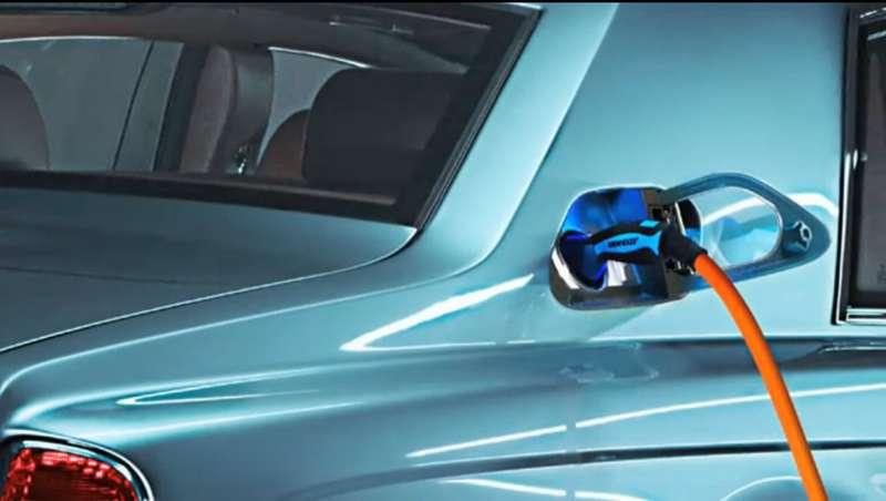 Электрокар Rolls-Royce 102EX покажут вЖеневе
