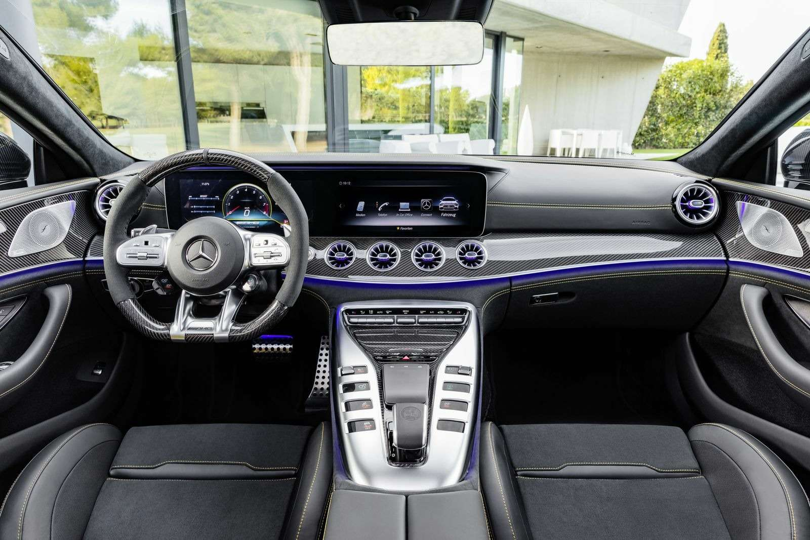 Подмена! Пятидверный Mercedes-AMG GTполучил «тележку» Е-класса— фото 851523