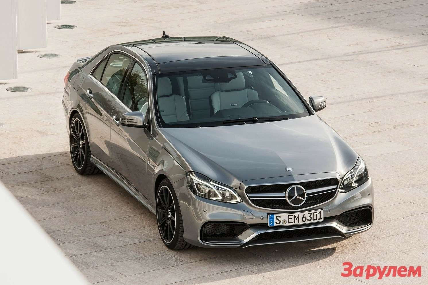 NewMercedes-Benz E63AMG side-front view
