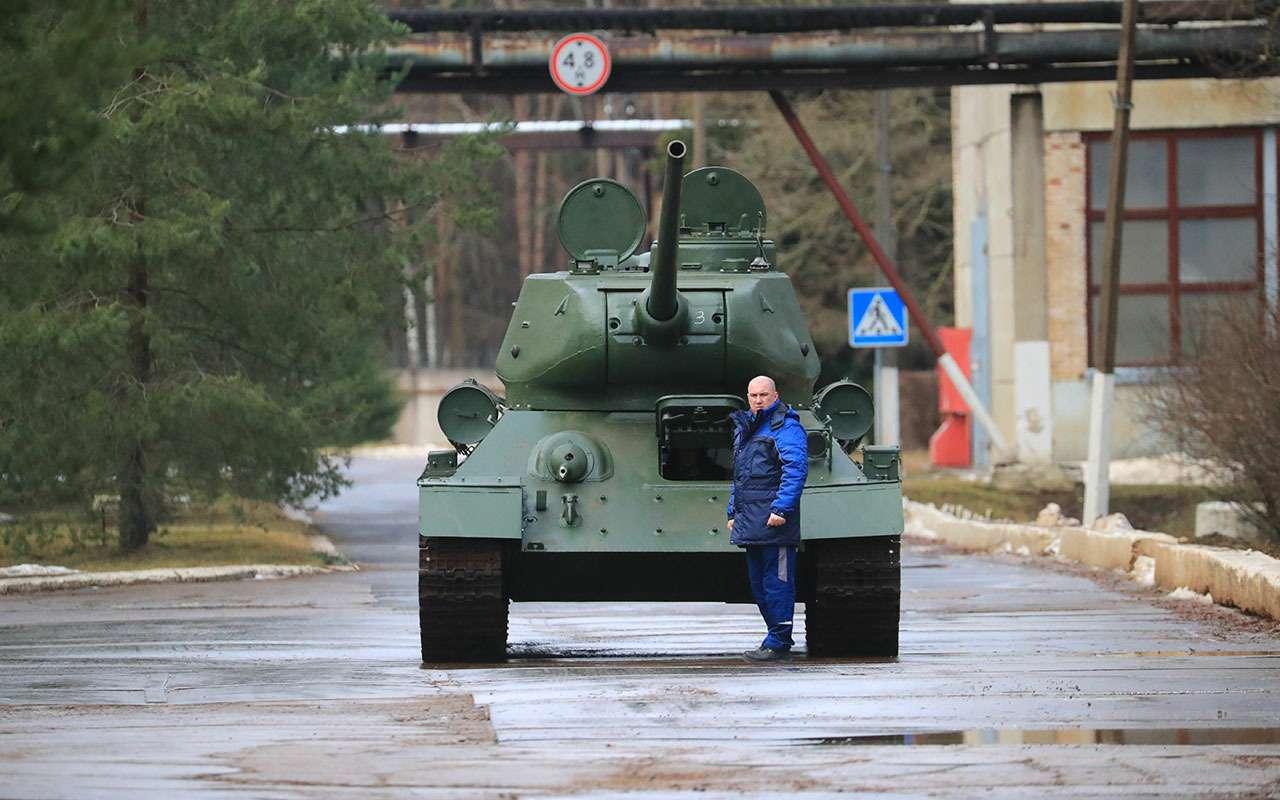 7 военных машин, которые выможете купить прямо сейчас— фото 1086086