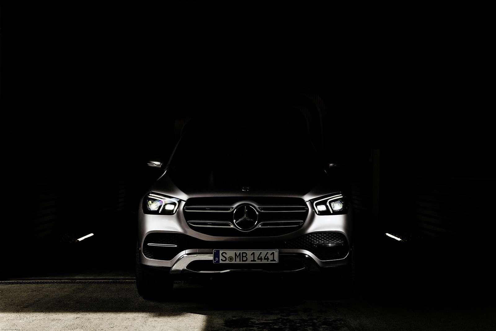 Новый Mercedes-Benz GLE: теперь онумеет подпрыгивать— фото 904196