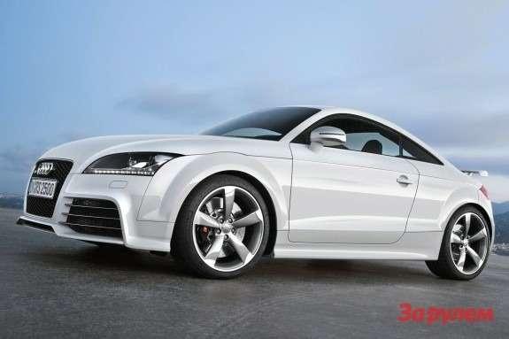 Audi TTRSside-front view