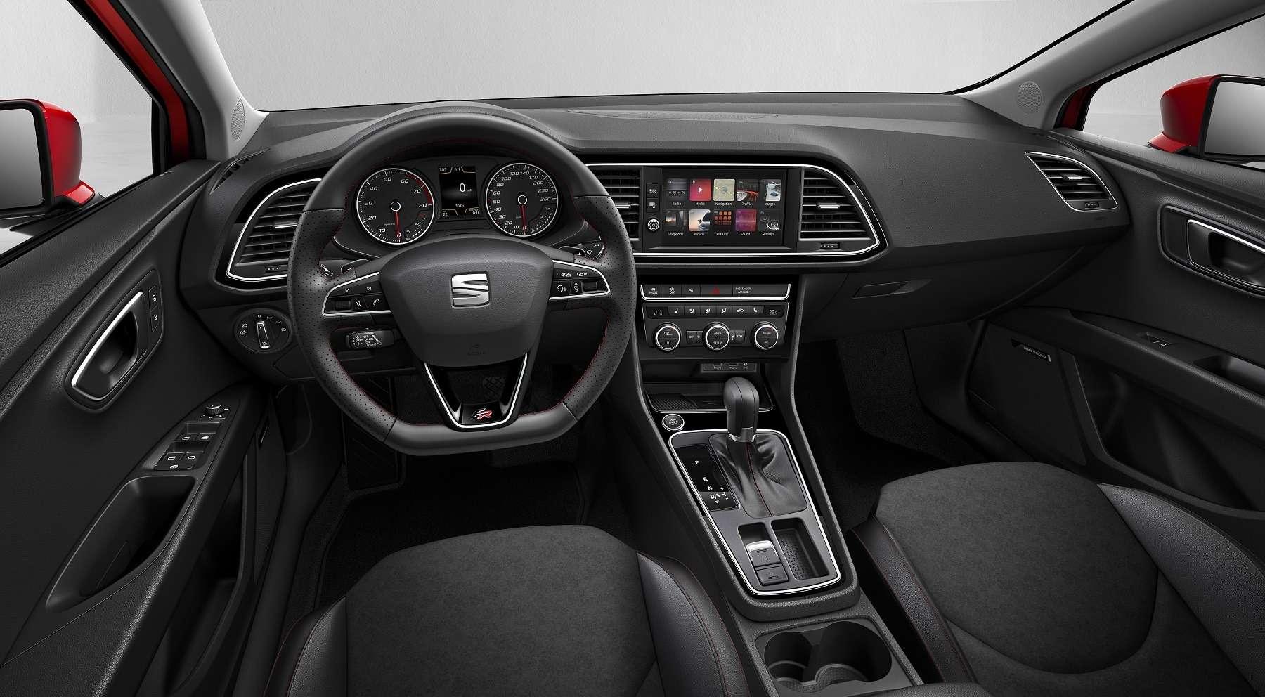 В лучах светодиодов: SEAT Leon обновился снаружи ивнутри— фото 651510