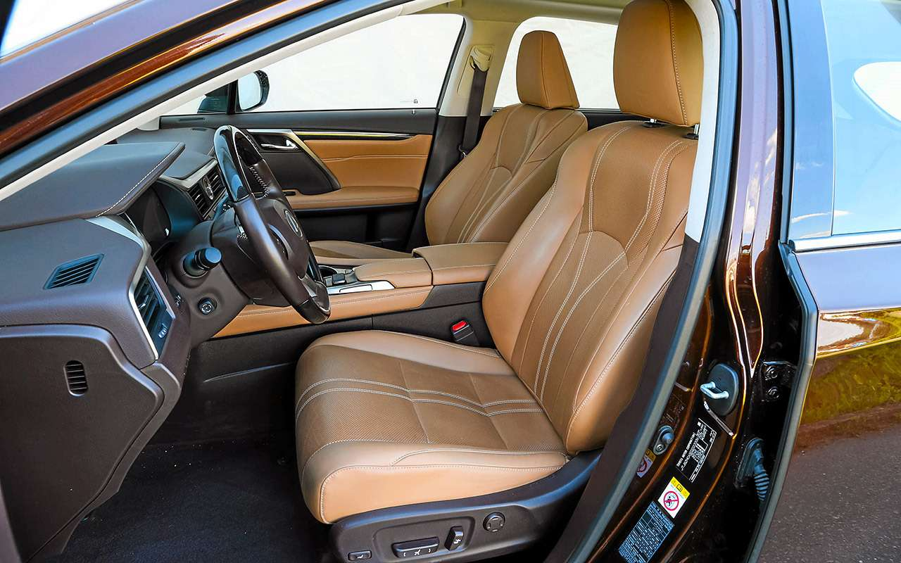 Новый VWTouareg, Land Rover Discovery иLexus RX350: большой тест-драйв— фото 899456