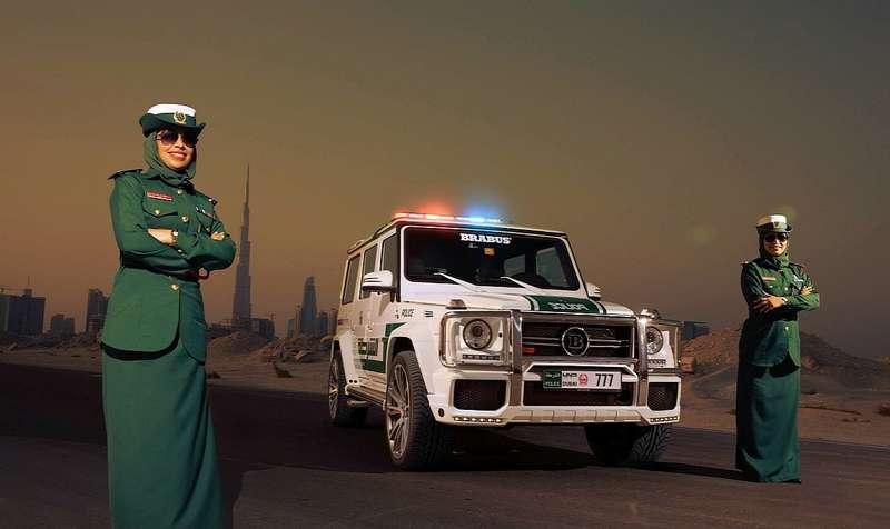 Наоткрывшемся вовторник автосалоне вДубае, немецкое тюнинговое ателье Brabus представило концепт B637— 700 Widestar— доведенный до700 л.с. Mercedes-Benz G63AMG