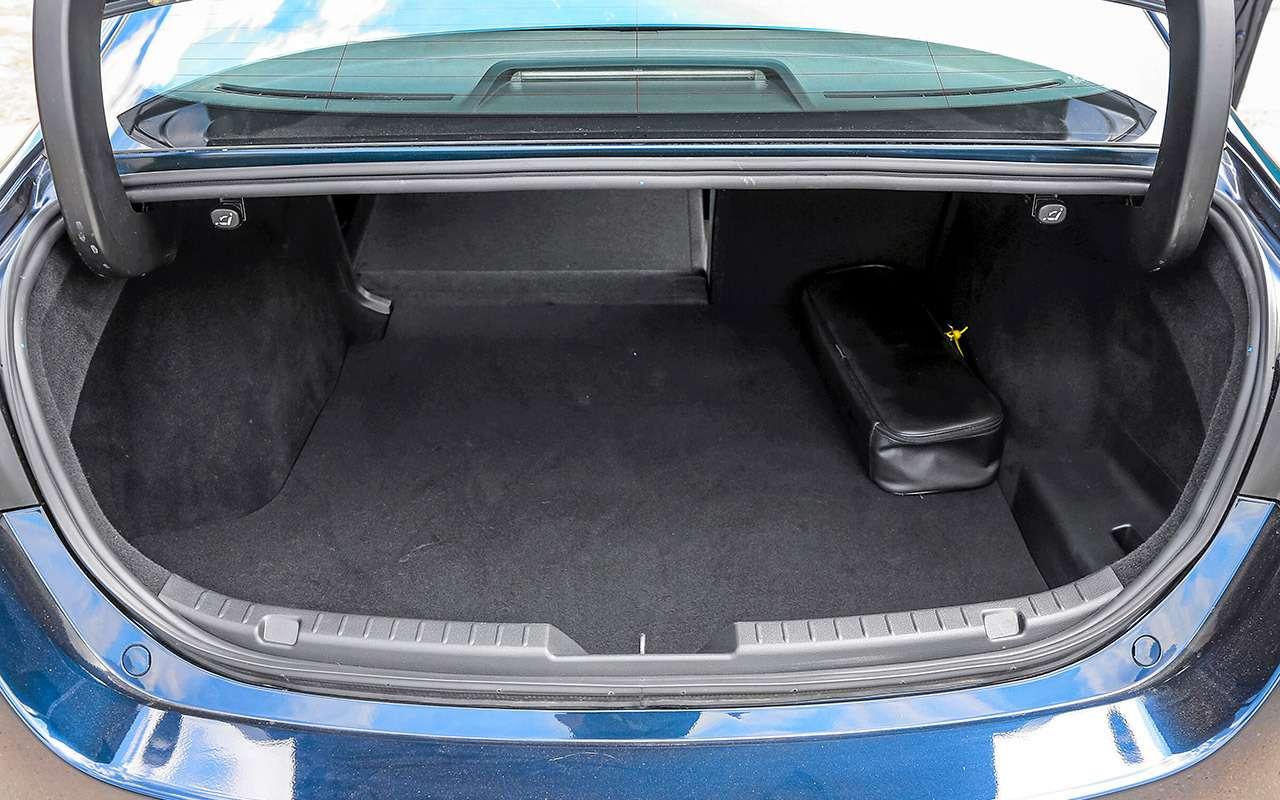VWJetta, Kia Cerato, Mazda 3— тест-сравнение— фото 1156453