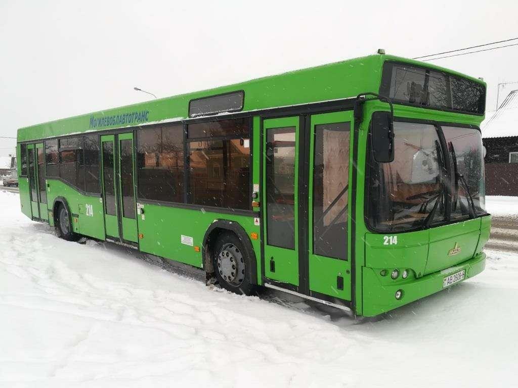 С новым... МАЗом! Премьера автобуса МАЗ-303— фото 991120