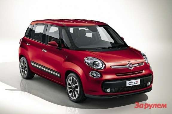 Fiat 500L side-front view