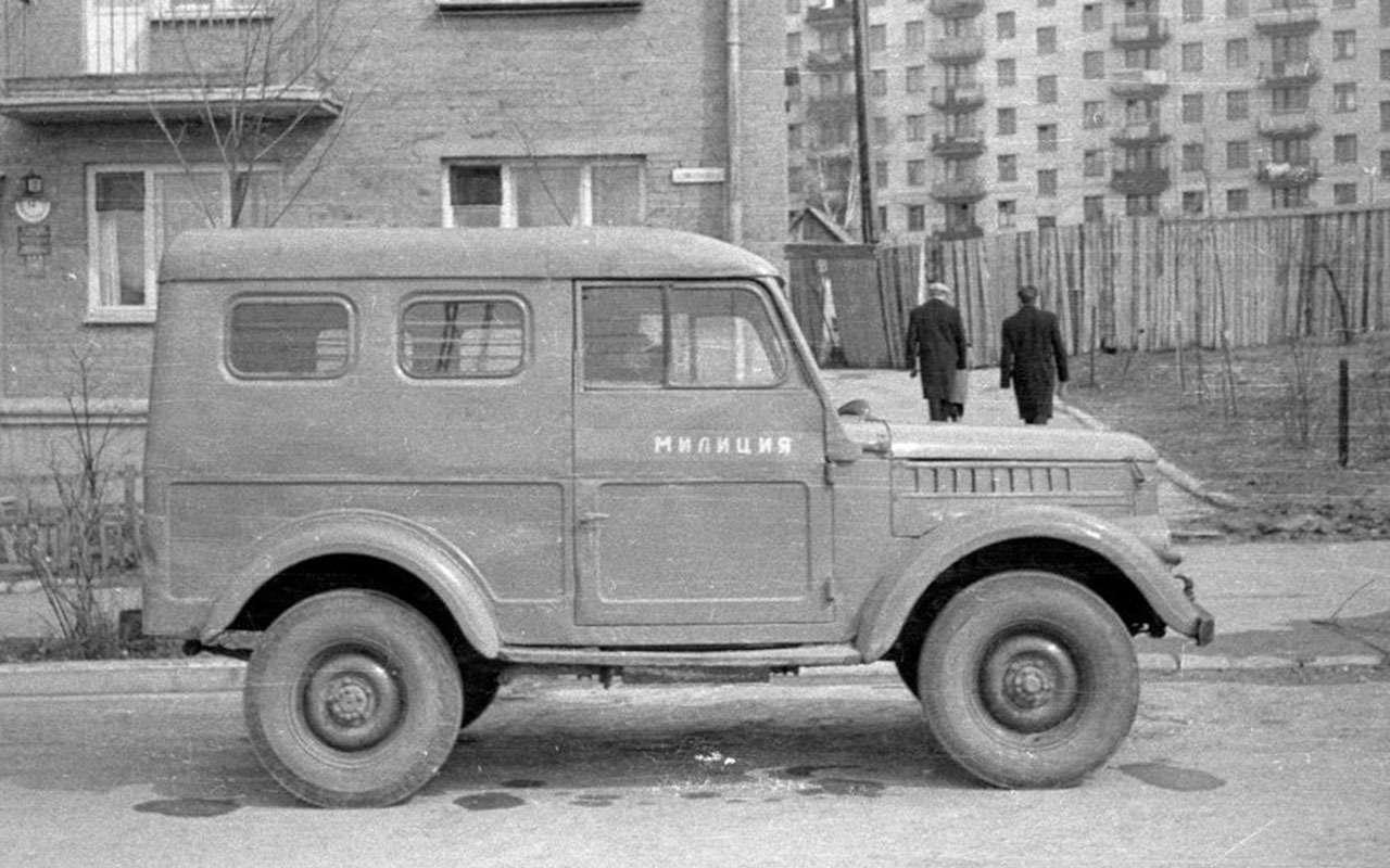 Всемашины нашей милиции: малолитражки, внедорожники, грузовики!— фото 1079917