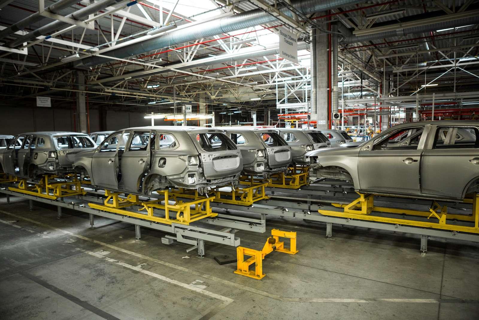 Почему локализованные вКалуге автомобили не дешевеют— фото 573388