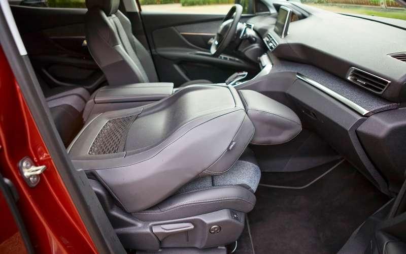Peugeot 3008 нового поколения: теперь точно кроссовер!