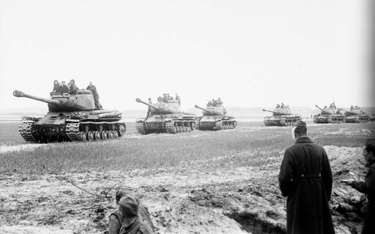 Немецкий «Тигр» против нашего ИС-2— битва технологий— фото 952540