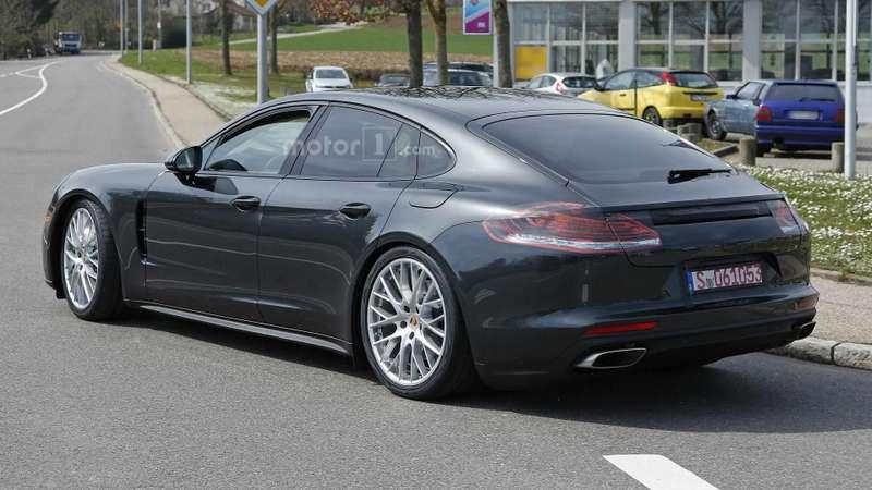 Porsche Panamera_3