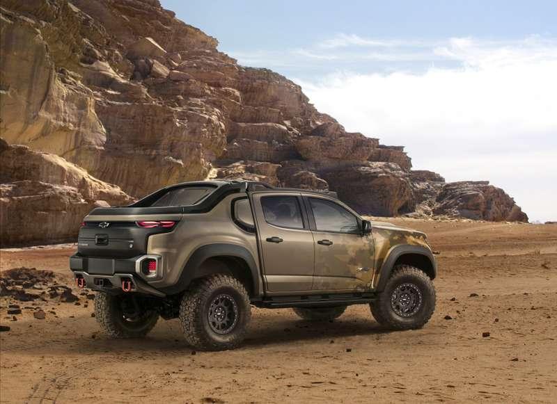Подкрался незаметно: Chevrolet разработала необычный пикап длябоевых действий