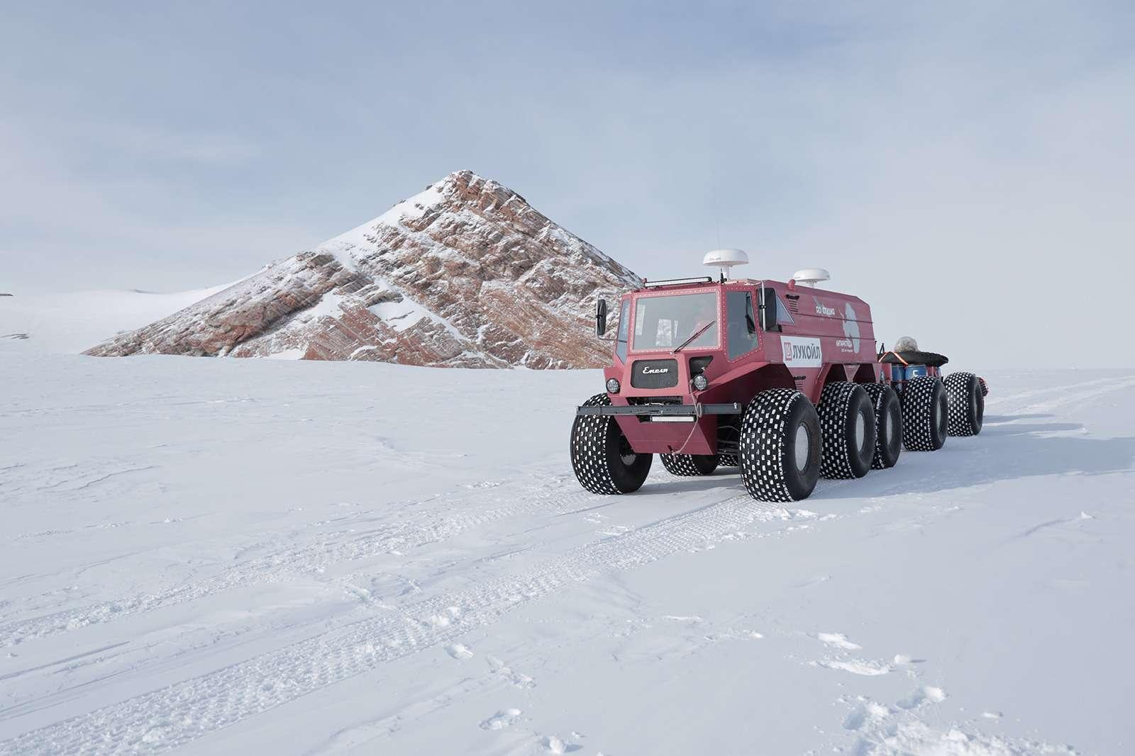 Есть рекорд: самый длинный автопробег через Антарктиду— фото 958564
