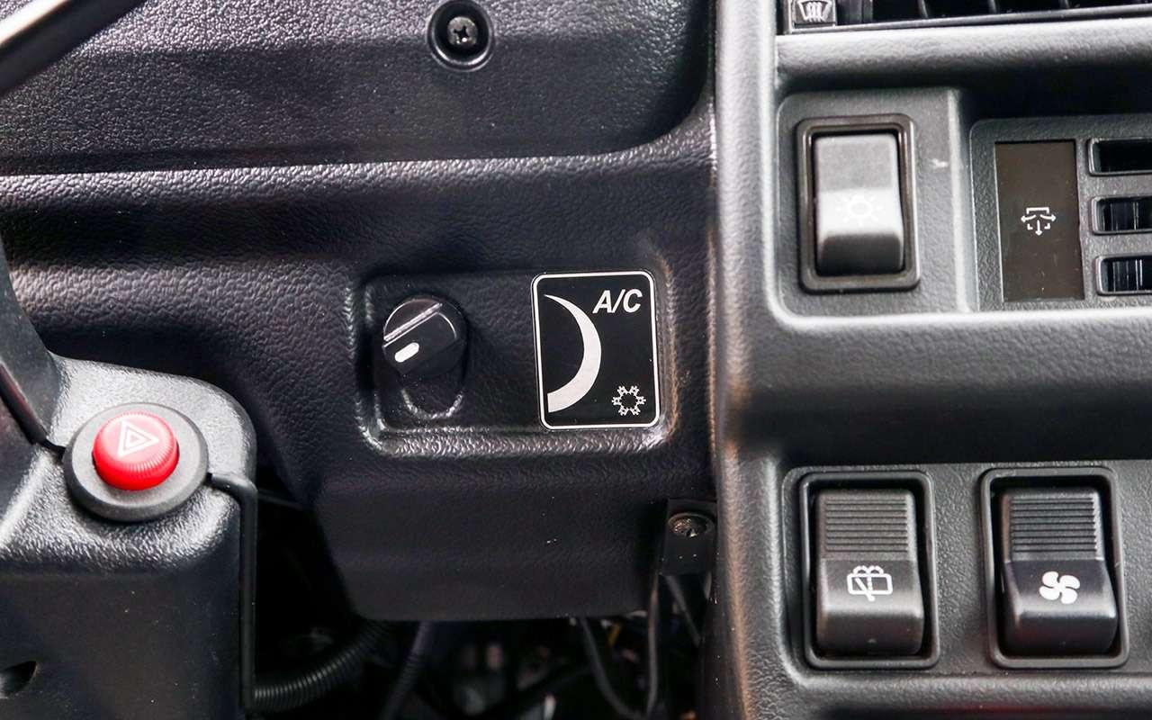 Тест-драйв легенд бездорожья: Lada 4x4, Suzuki Jimny, Jeep Wrangler— фото 1089439