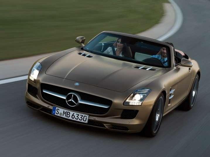 Mercedes-Benz-SLS_AMG_Roadster_02_no_copyright