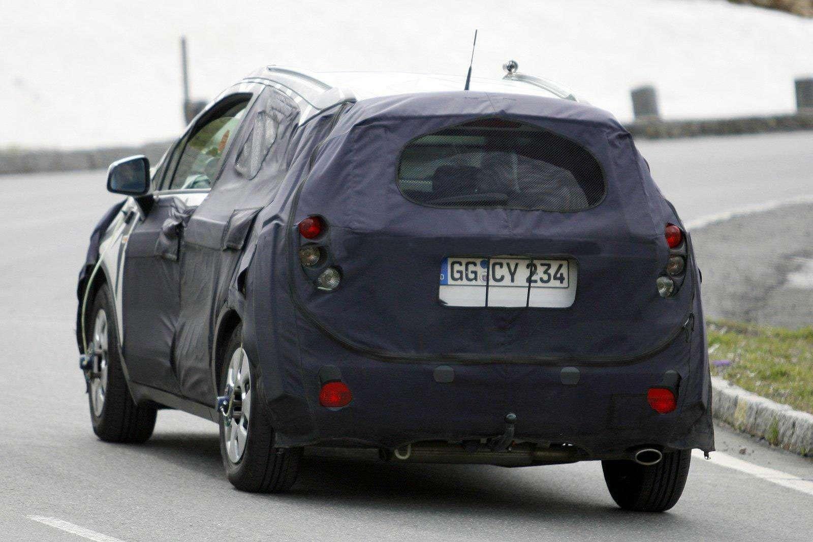 Opel_SUV-2