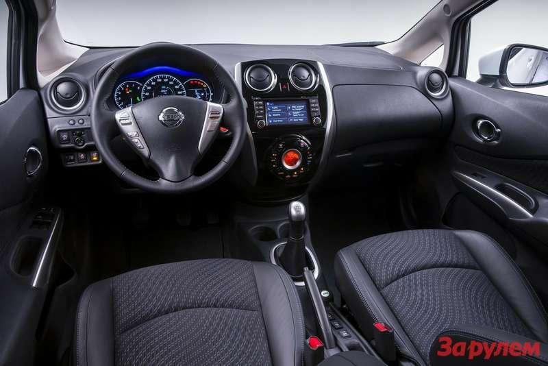 Nissan-Note_2014_1600x1200_wallpaper_14