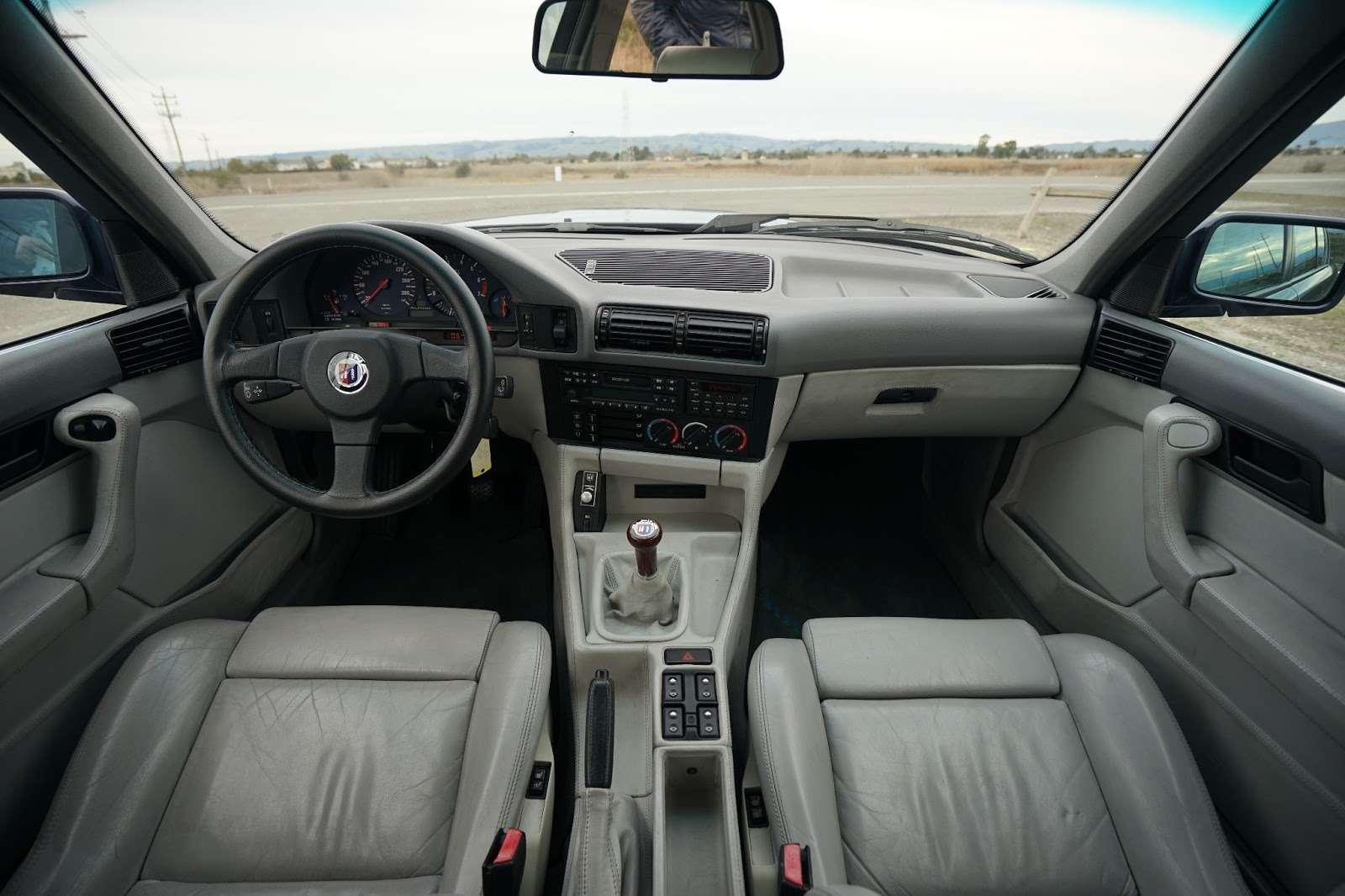 Легенда недорого: уникальная старая «пятерка» BMW выставлена напродажу— фото 695538