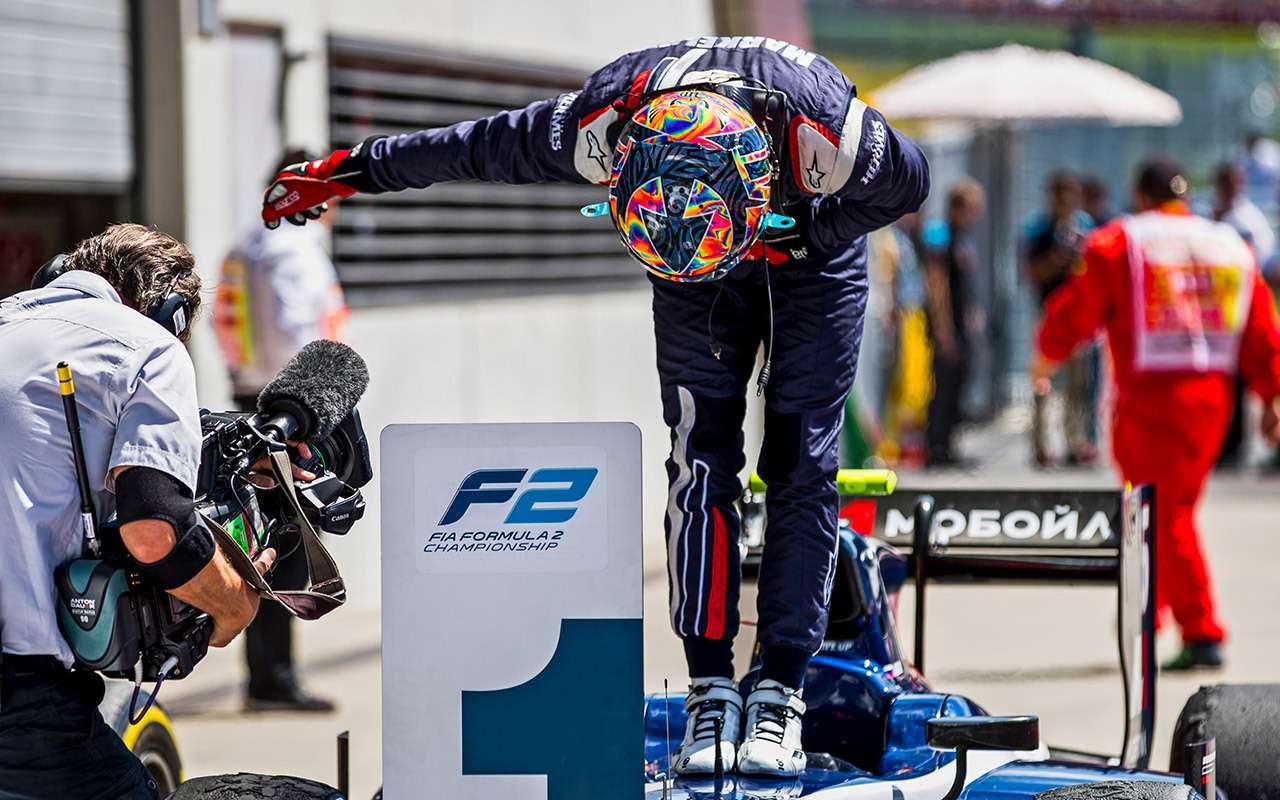 Попасть вдесятку: лучшие российские автогонщики— фото 831175