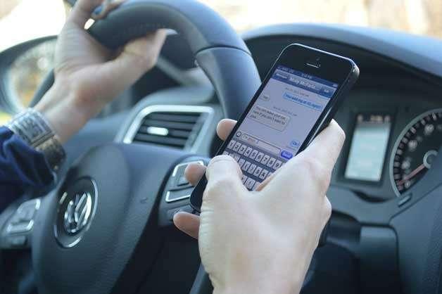 _no_copyright_texting-driving