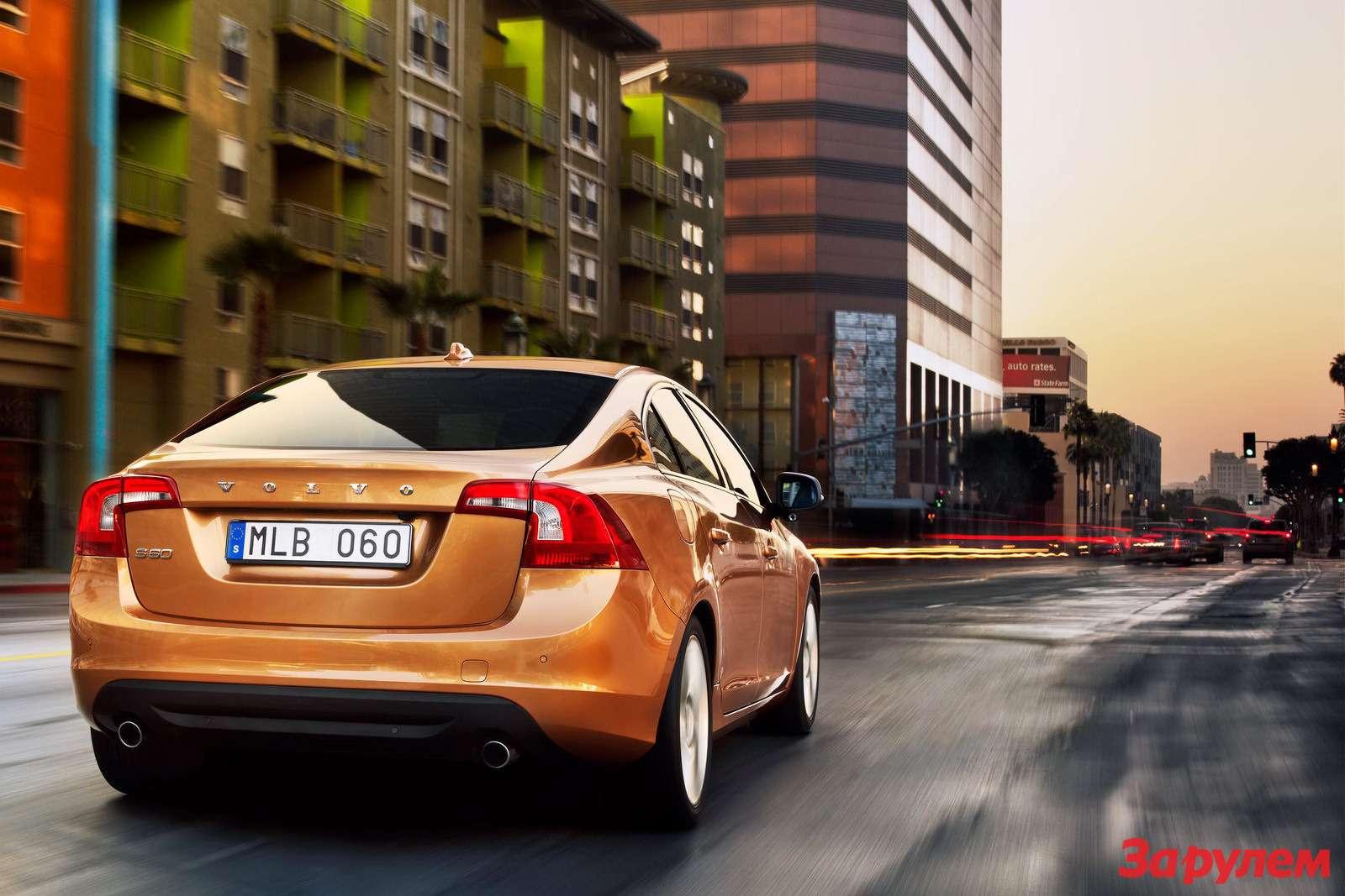 2011-Volvo-S604