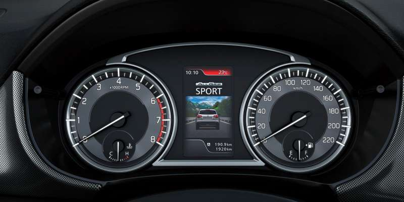 Suzuki Vitara пережил рестайлинг илишился атмосферного мотора