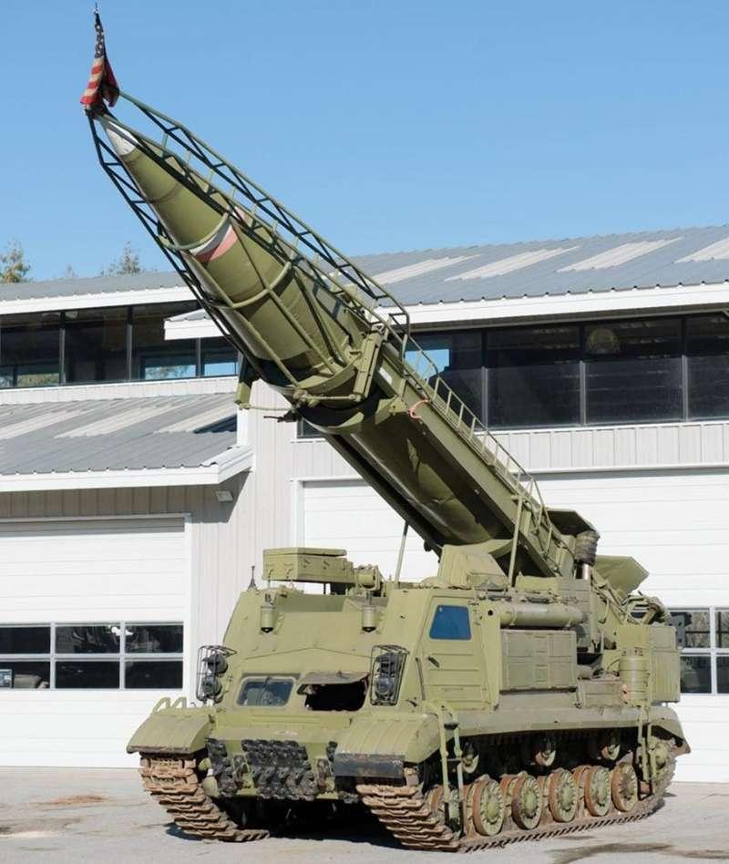 Нааукционе вКалифорнии продали военной техники на10миллионов