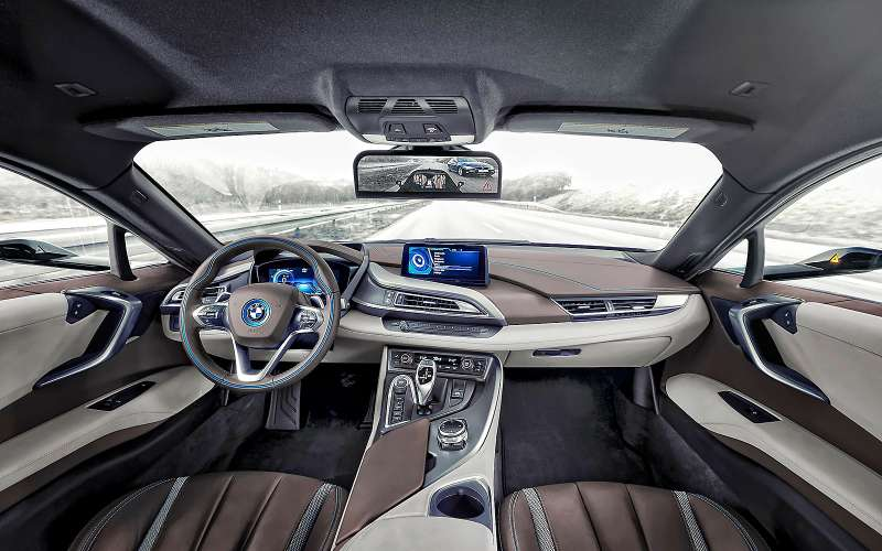 BMWi8Mirrorless