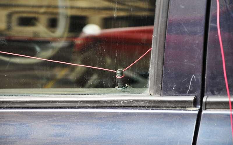 5 лайфхаков: как попасть всвою машину без ключей
