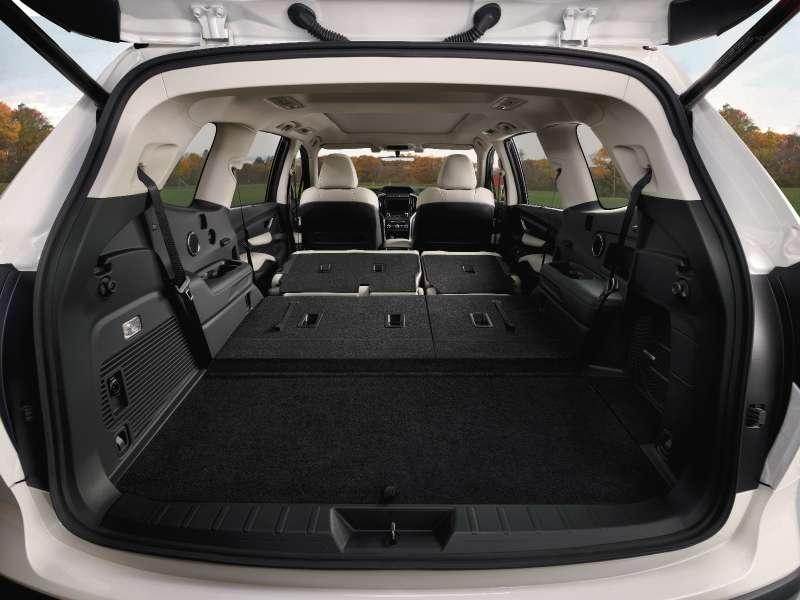 Subaru Ascent— 19подстаканников длявосьмерых
