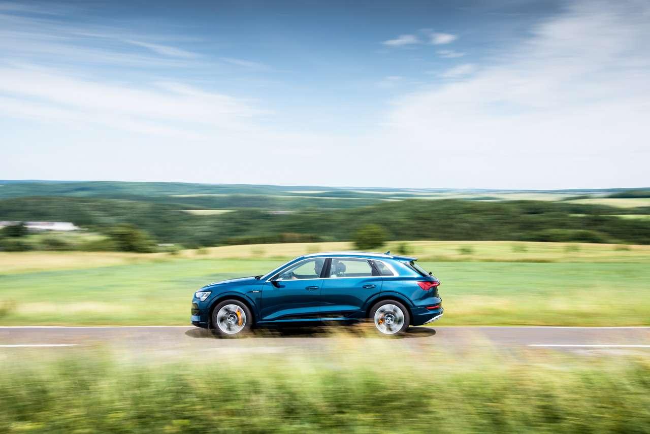 Audi e-tron вРоссии: заказы уже принимают, цена известна— фото 1139694