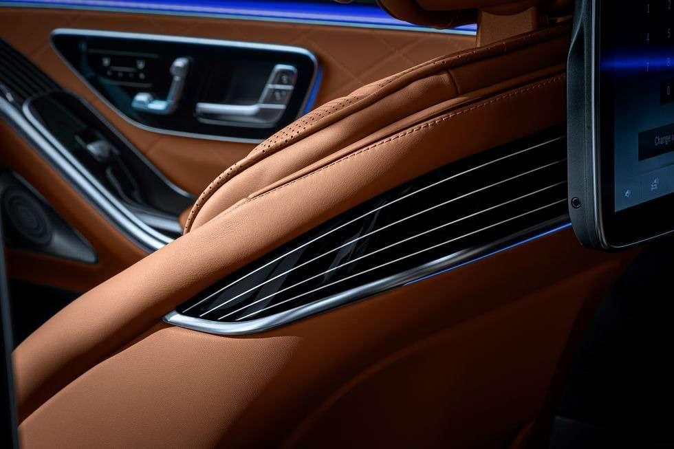 Новый Мерседес S-класса: фото роскошного интерьера— фото 1157984