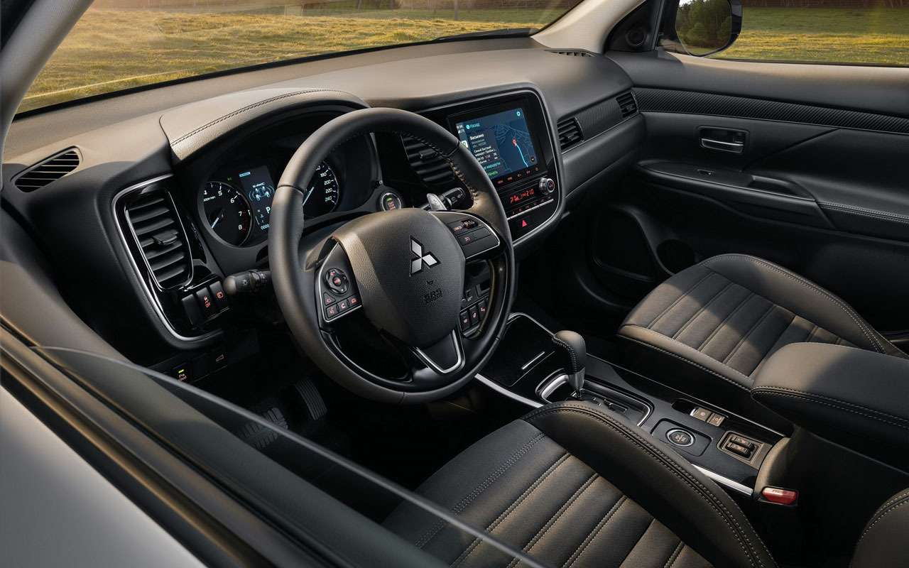 Обновленный Mitsubishi Outlander— начало продаж ицены— фото 1261398