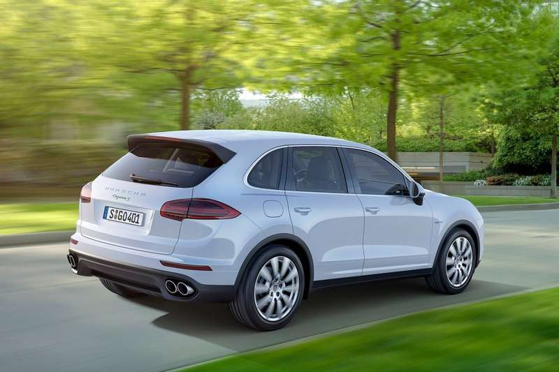 Porsche-Cayenne_2015_1600x1200_wallpaper_08