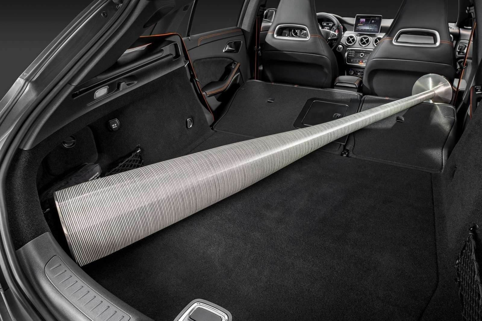 Mercedes-Benz-CLA_Shooting_Brake_2016_1600x1200_wallpaper_19
