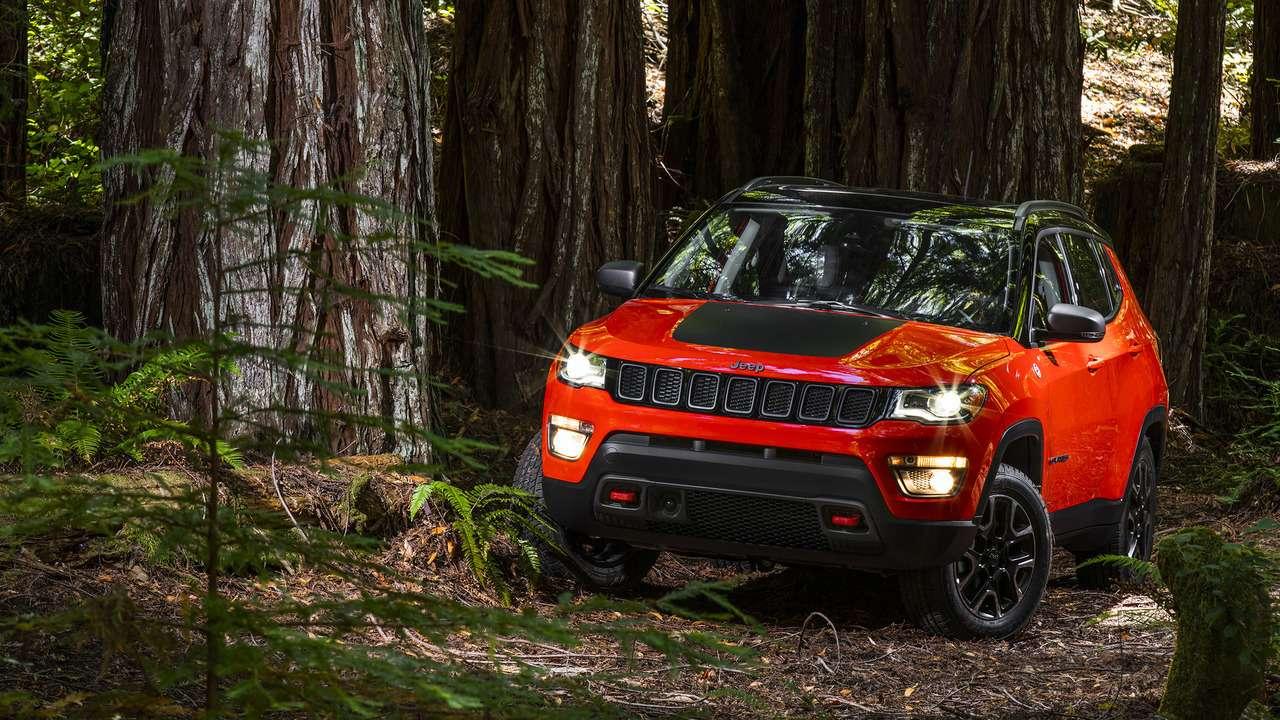Индейский компас: Jeep представил новый кроссовер— фото 640177