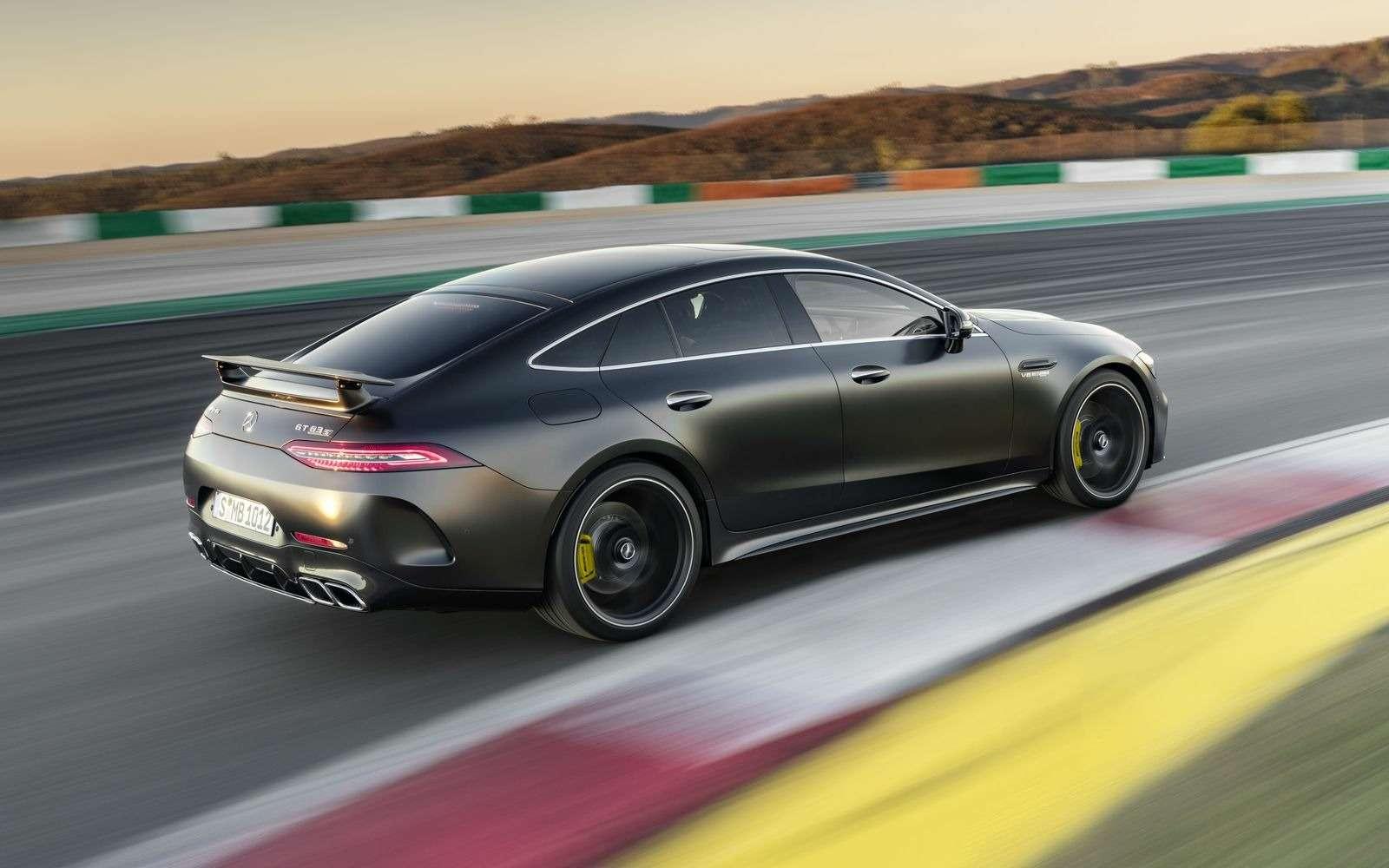 Подмена! Пятидверный Mercedes-AMG GTполучил «тележку» Е-класса— фото 851532