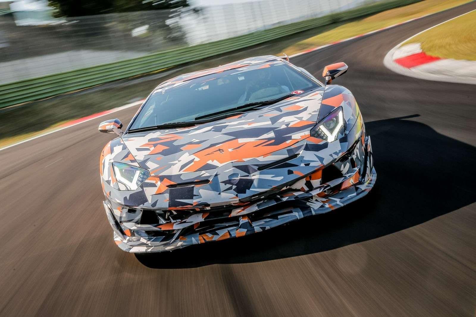 Lamborghini установила новый рекорд Нюрбургринга длясерийных машин— фото 890780