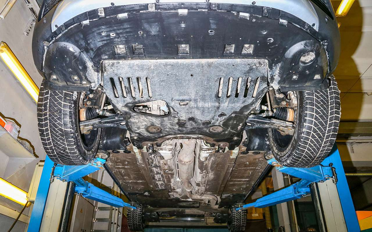 Renault Koleos 4х4 против Peugeot 50084х2: полный привод или электроника?— фото 860275