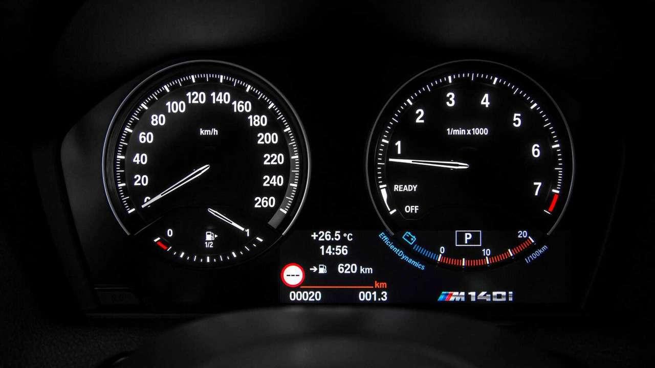 Теневые эффекты: BMW 1-й и2-й серий обновились— фото 749768