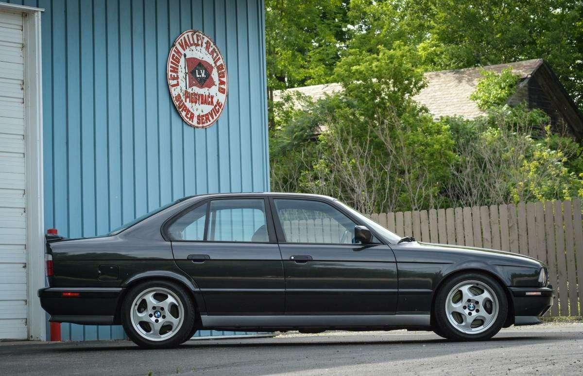 Демон ссекретом: что таит всебе классический BMW M5— фото 605070