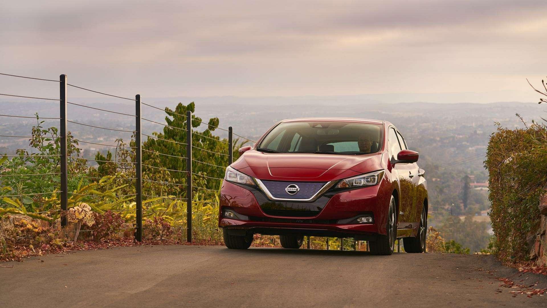 Nissan представил электромобиль дляРоссии— фото 791437
